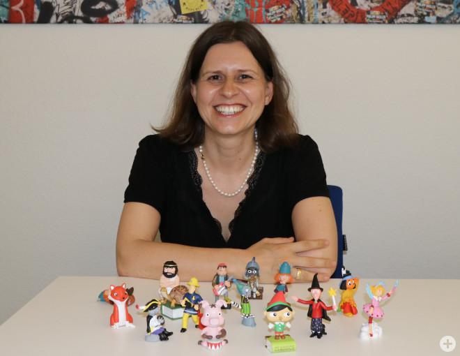 Katja Benkler (Leiterin der Stadtbibliothek) freut sich ihren Kunden noch mehr Tonies anbieten zu können