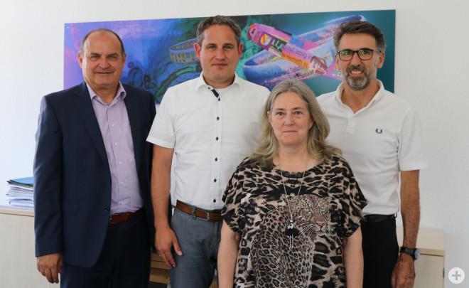 Fachbereichsleiter Thomas Spohn, Bürgermeister Dirk Harscher, Jutta Eichin, Fachbereichsleiter Jürgen Sänger